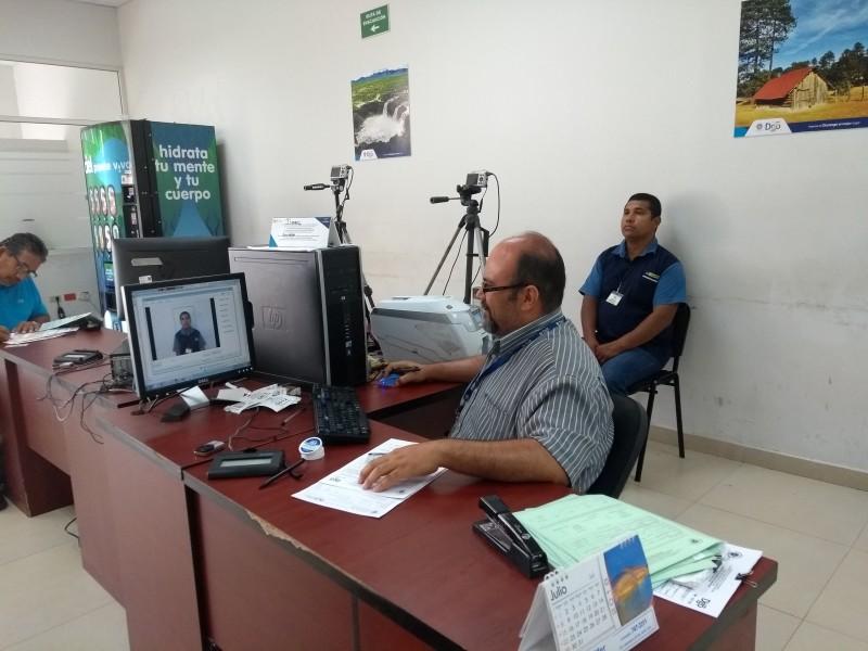 Costosa la licencia vehicular en Gómez Palacio