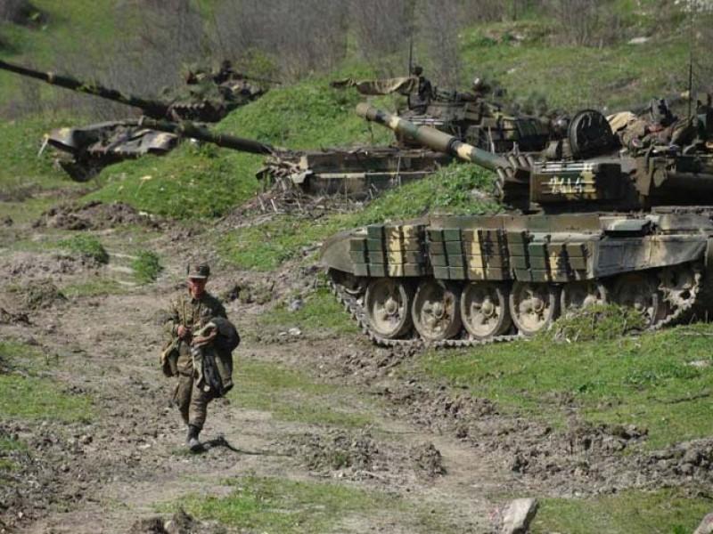 Líderes mundiales piden alto al fuego inmediato en Nagorno Karabaj