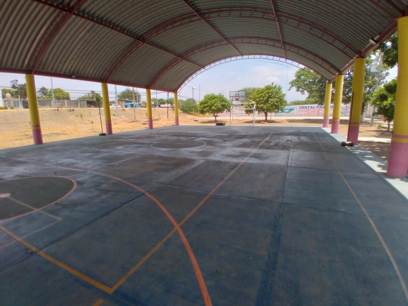 Ligas deportivas en Tehuantepec paralizadas por cambio de semaforización