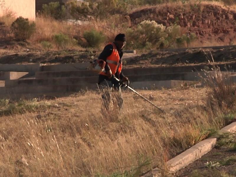 Limpian unidad deportiva Gómez Morín para carrera ciclista
