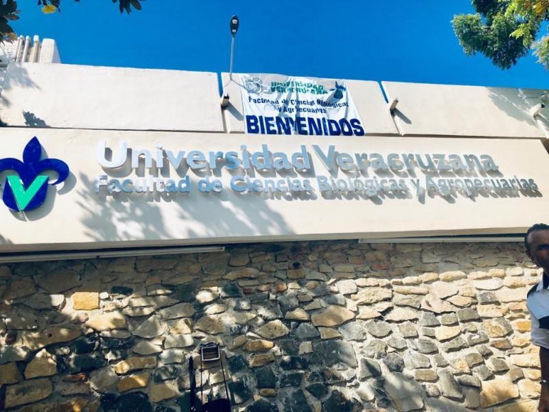 Lista la UV para examen de admisión