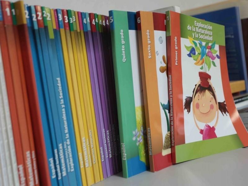 Listos los libros de texto para estudiantes