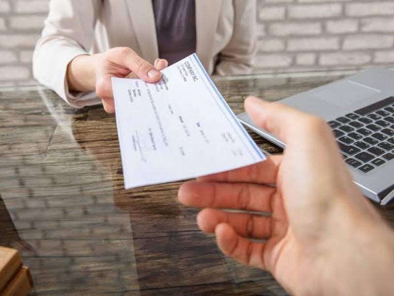 Llama Condusef a comparar ofertas de créditos de distintos bancos