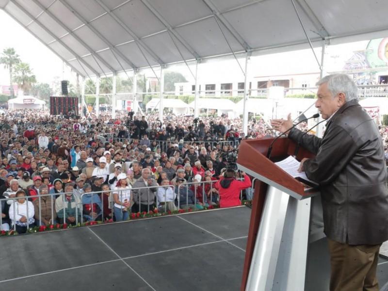 Llama López Obrador a no proteger a huachicoleros