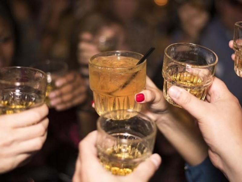 Llaman a moderar consumo alcohol durante SS