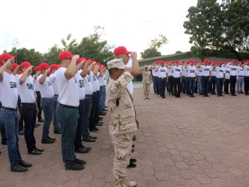 Llaman a solicitar cartilla militar a jóvenes