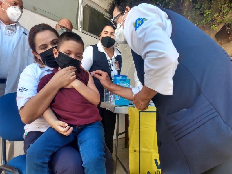 Llaman a vacunar a niños de 1 a 4 años contra el sarampión y la  rubeola
