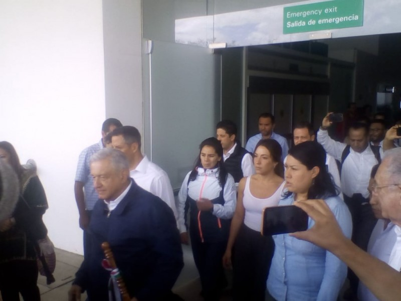 Llega AMLO a Oaxaca