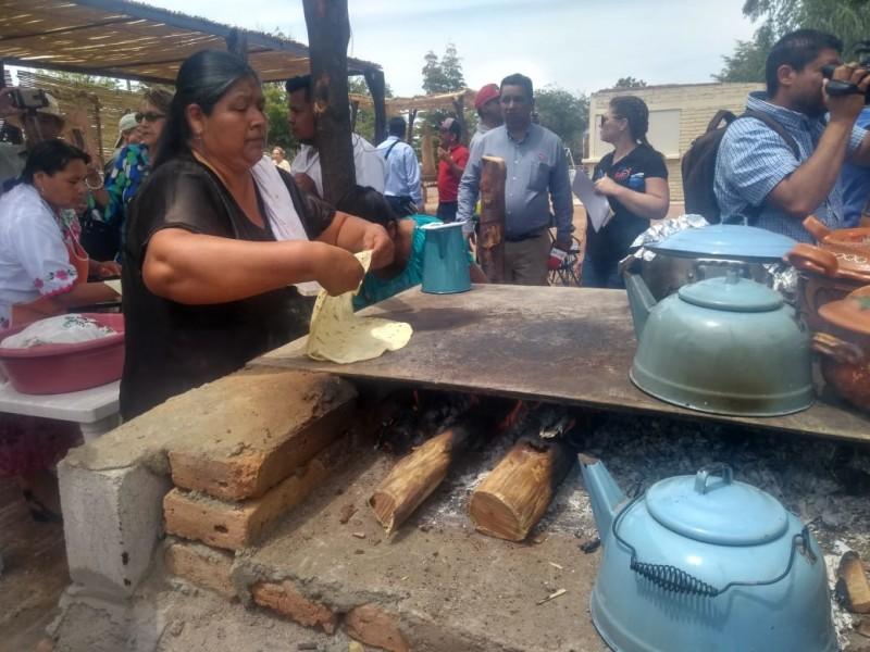 Llega la comida tradicional a la Laguna