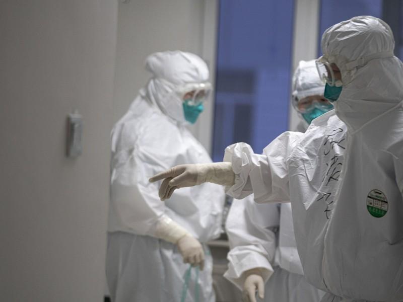 Llegada de vacuna es un respiro: Médico en primera línea