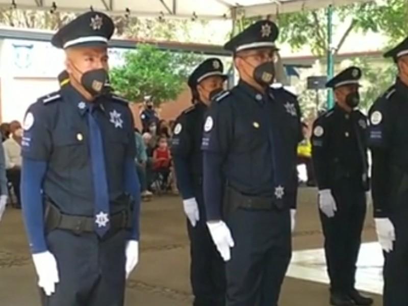 Llegan 28 policías nuevos a León