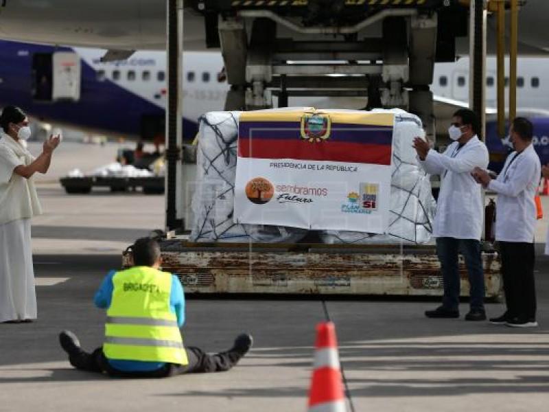 Llegan a Ecuador primeras dosis de vacuna Pfizer contra Covid-19