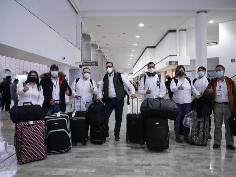 Llegan a la CDMX, 42 trabajadores de Salud de Sonora
