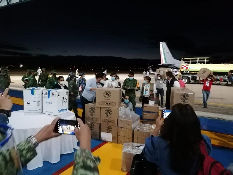 Llegan a Oaxaca 19 mil 500 vacunas contra Covid-19