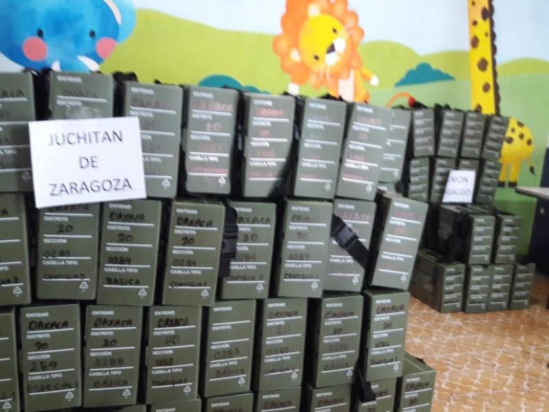 Llegan boletas electorales al Consejo Distrital 20 de Juchitán