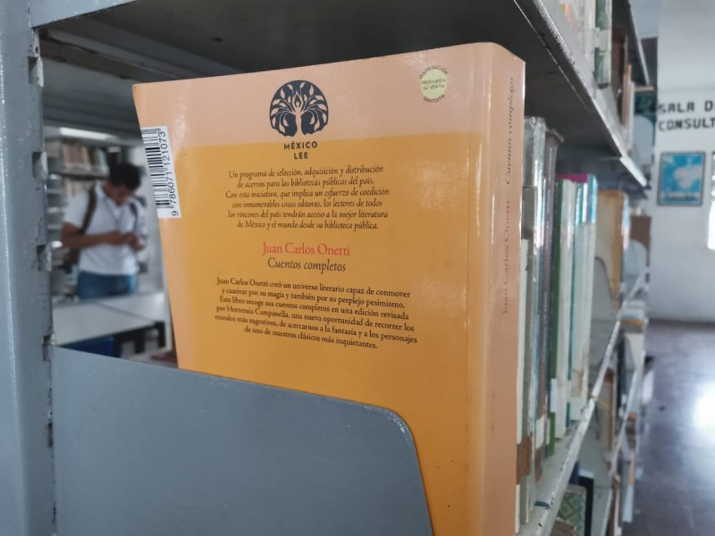 Llegan nuevos libros a bibliotecas de Tuxpan