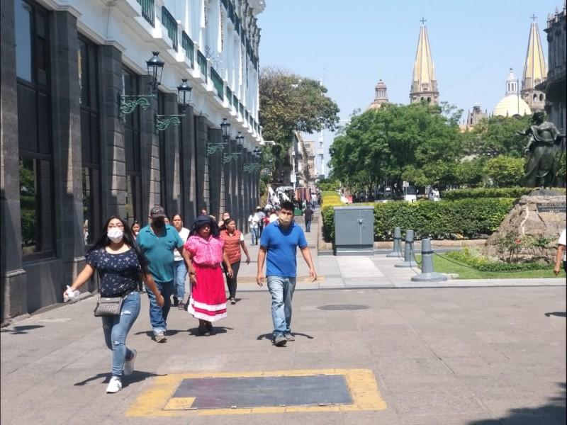Llenan jaliscienses el Centro de Guadalajara