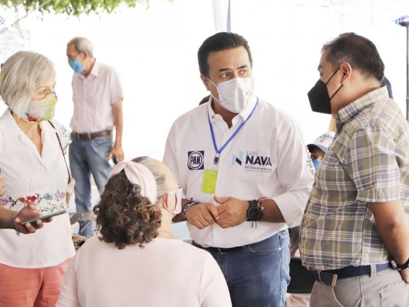 Lleva Luis Nava sus propuestas a Calesa