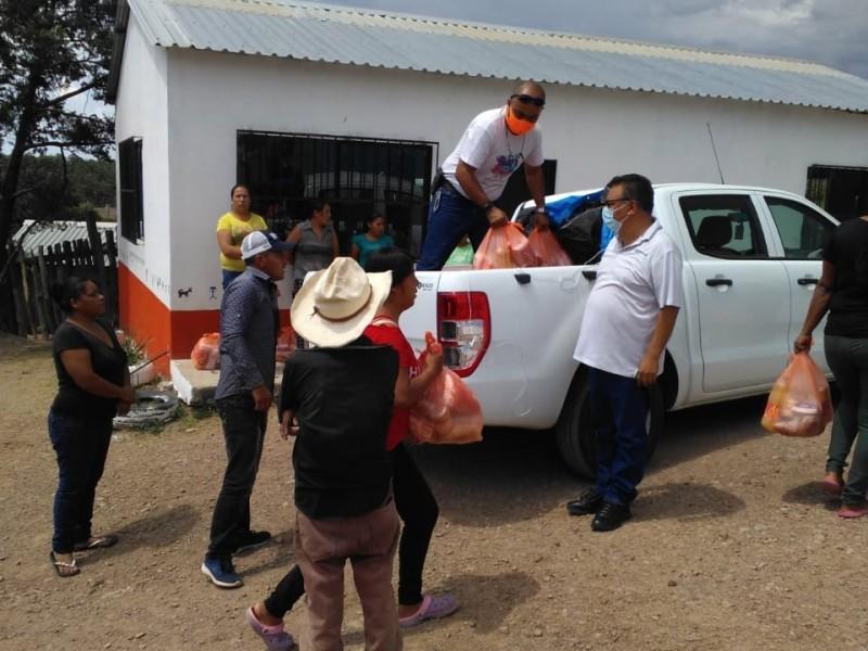 Llevan ayuda alimenticia a pueblos indígenas