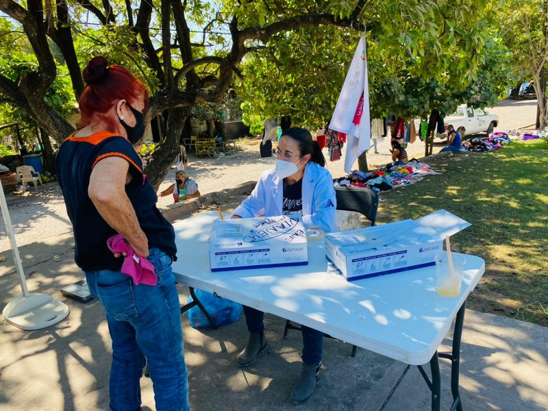 Llevan jornadas de salud a comunidades de San Blas