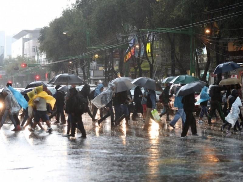 Llueve en ocho alcaldías de la CDMX