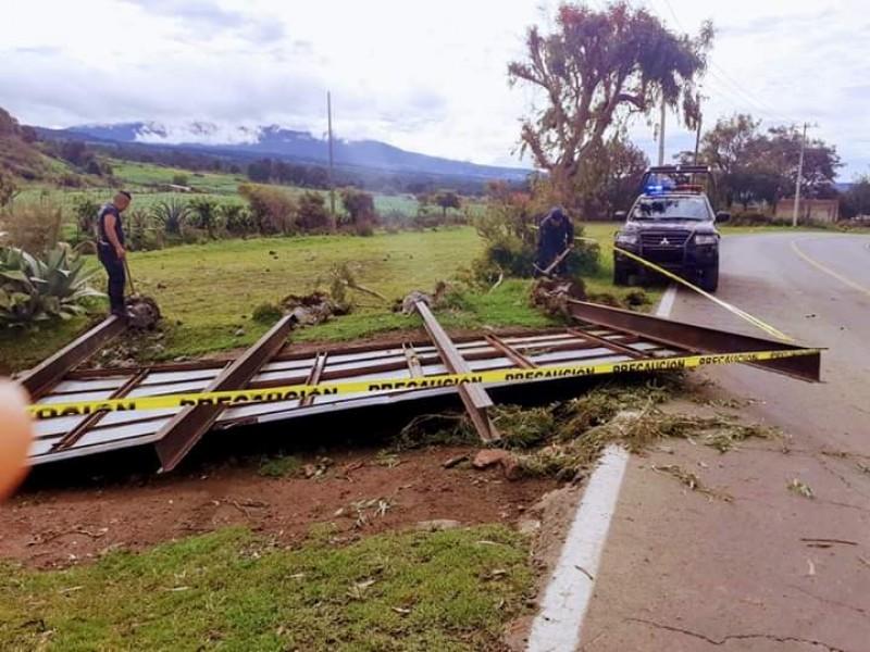 Lluvia causa daños en Ocuilan
