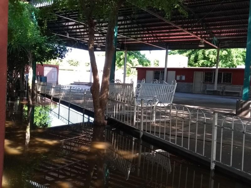 Lluvia nuevamente retrasa acciones en escuelas