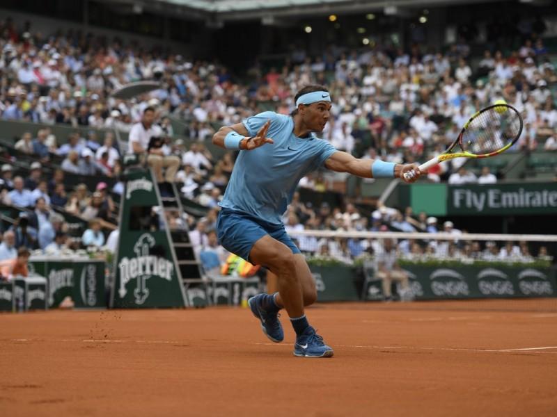 Lluvia suspende debut de Nadal en Roland Garros
