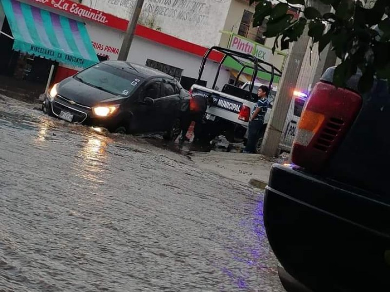Lluvias dejan afectaciones en juntas auxiliares de Acajete