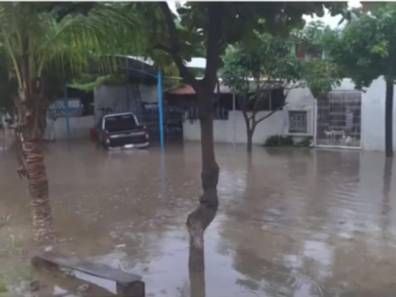Lluvias dejan afectaciones en la Costa oaxaqueña.