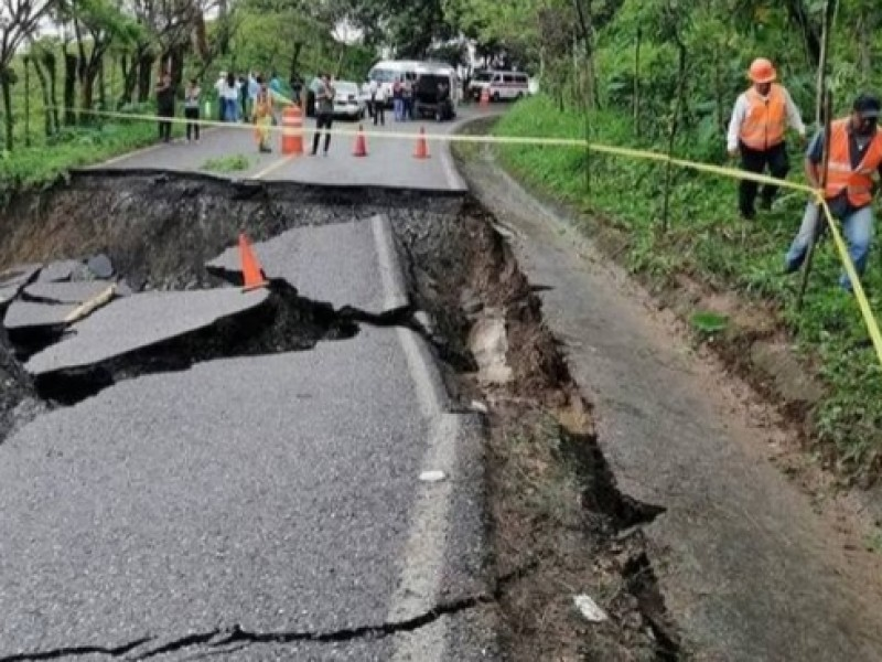 Lluvias evidencian obras  de infraestructura carreteras mal ejecutadas