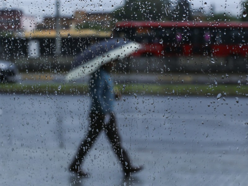 Lluvias provocan encharcamientos al sur de la CDMX
