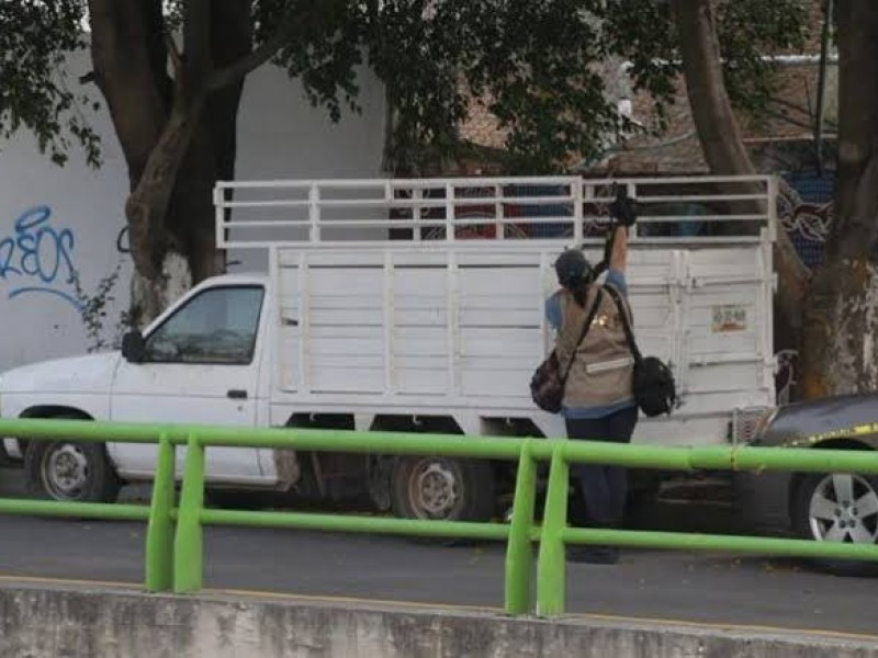 Localizan ocho cuerpos en camioneta en Chilpancingo