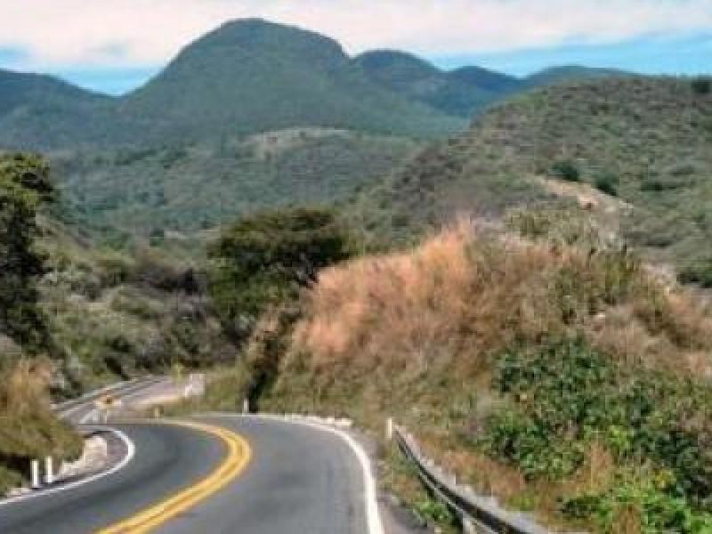 Localizan restos arqueológicos en autopista Jala-Vallarta