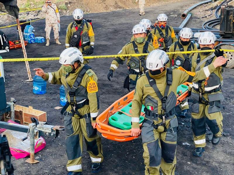Localizan sin vida a uno de los 7 mineros atrapados
