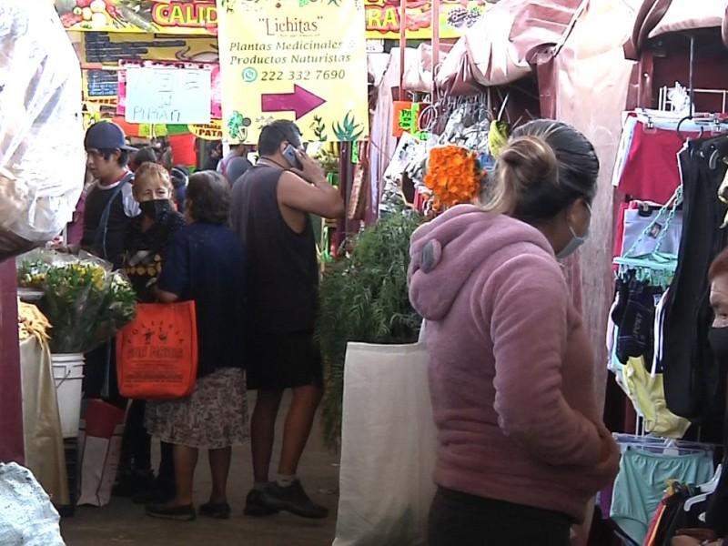 Locatarios del mercado Amalucan reportan respuesta positiva de consumidores