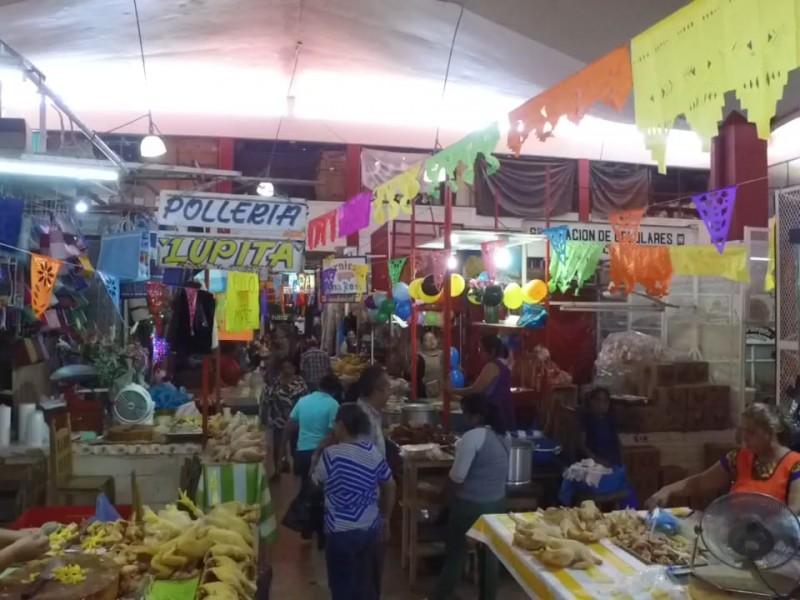 Locatarios de Tehuantepec festejan su día