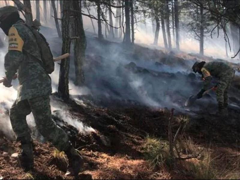 Logran controlar en 80% el incendio en Sierra de Santiago