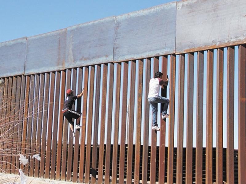 Los mexicanos pagaremos el muro de Trump