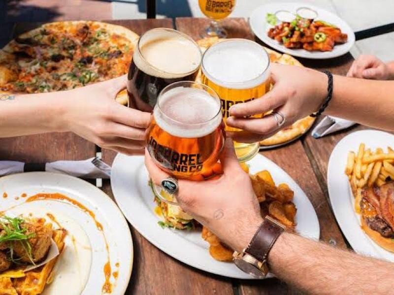 Los sonorenses gastan más en bebidas alcohólicas y alimento