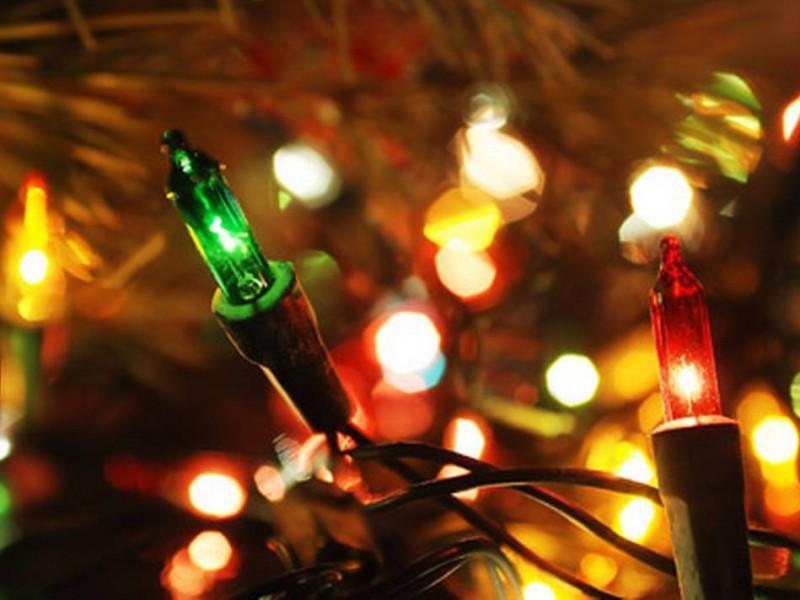 Luces navideñas, principal causa de incendio en hogares