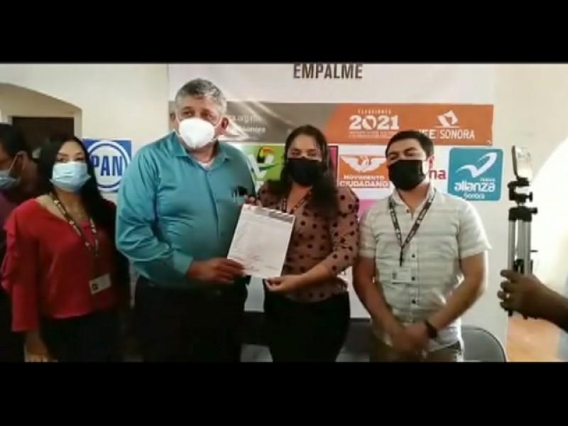 Luis Fuentes recibe acta de mayoría como alcalde electo deEmpalme