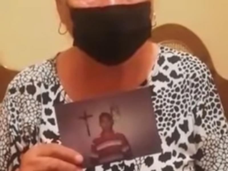 Madre busca a su hijo desaparecido