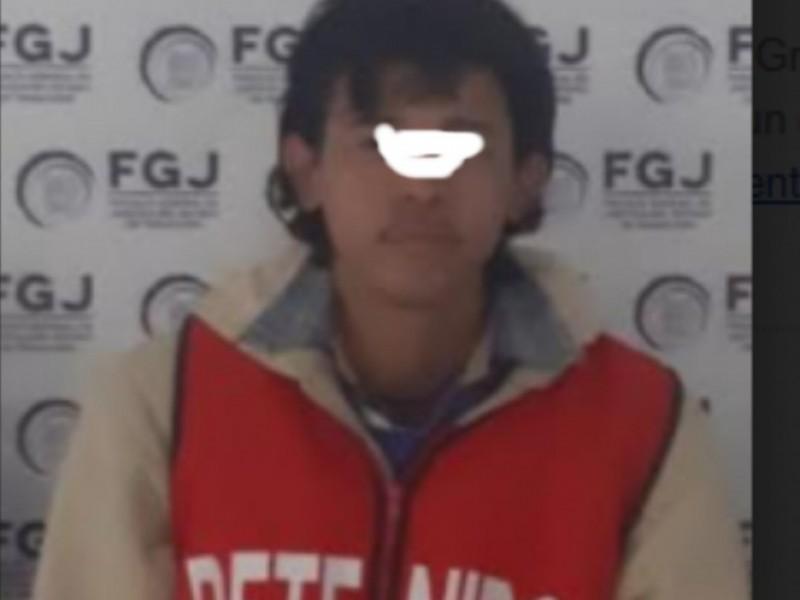 Madre de feminicida lo ocultó para que no fuera atrapado