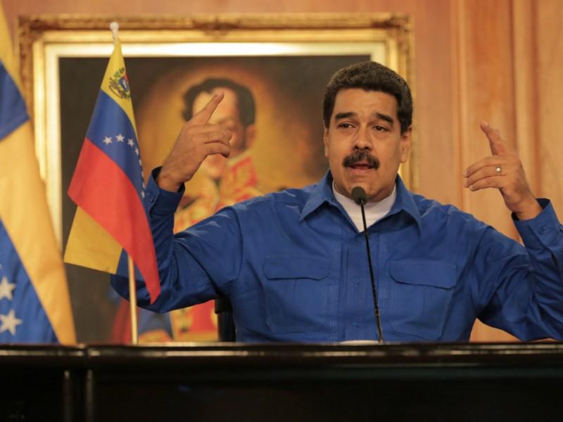 Maduro resulta ileso de atentado con drones