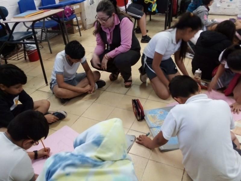 Maestra Aracely, un ejemplo en la docencia