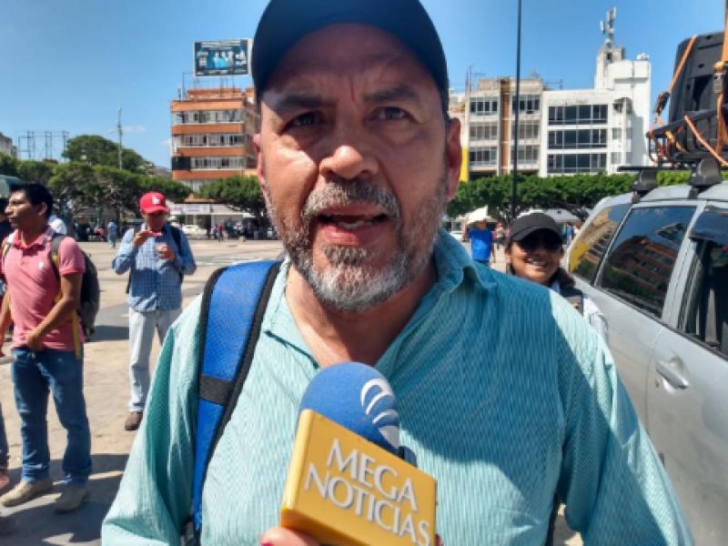 Maestros AED del SNTE condenan agresión a normalistas