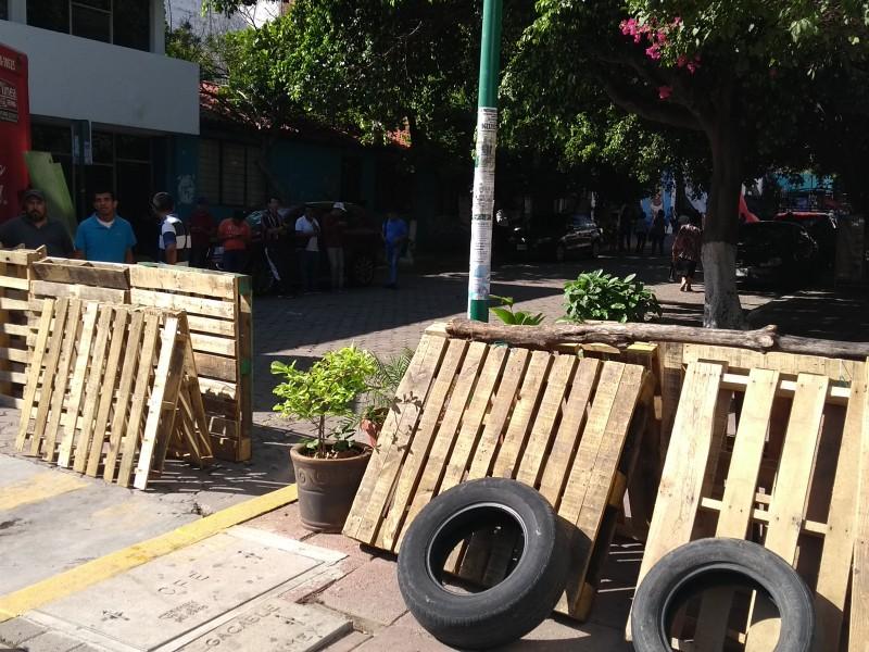 Maestros de la CNTE se atrincheran en TuxtlaGutiérrez