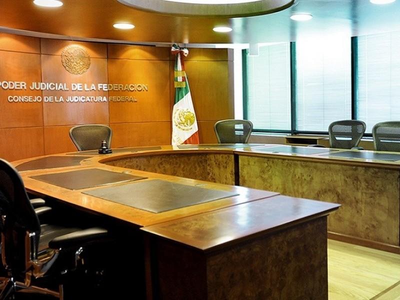 Magistrado suspendido por nexos con narcotráfico