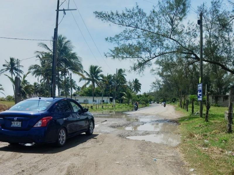 Malas condiciones en las rutas y accesos en Tuxpan